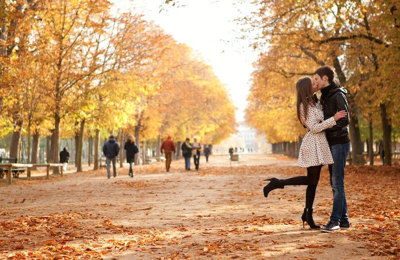 如果陷在幾種戀情的話,儘快懸崖勒馬,免得虛耗青春。